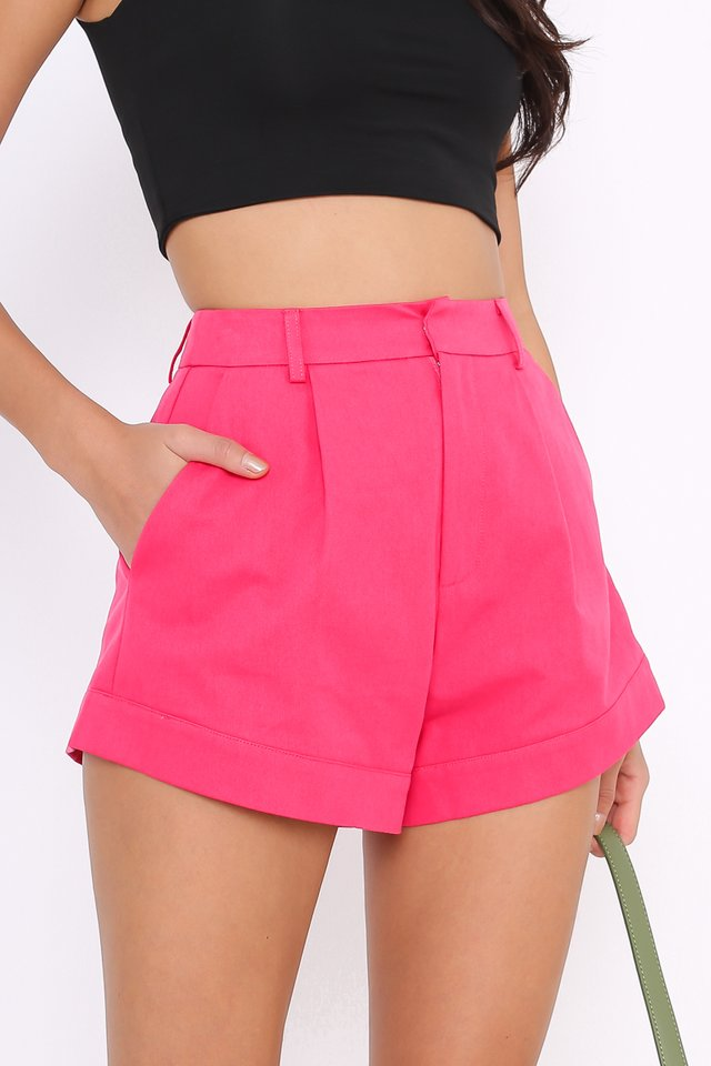 *BACKORDER* CHARLIE CURVED HEM SHORTS (HOT PINK)
