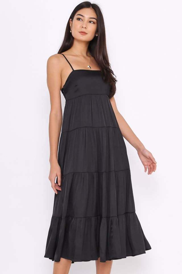 TEIA TIERED MIDI DRESS (BLACK)