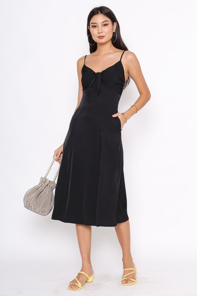 TYRA TIE FRONT DRESS (BLACK)