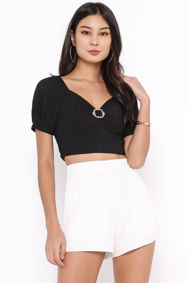 RISSA BUCKLE TOP (BLACK)
