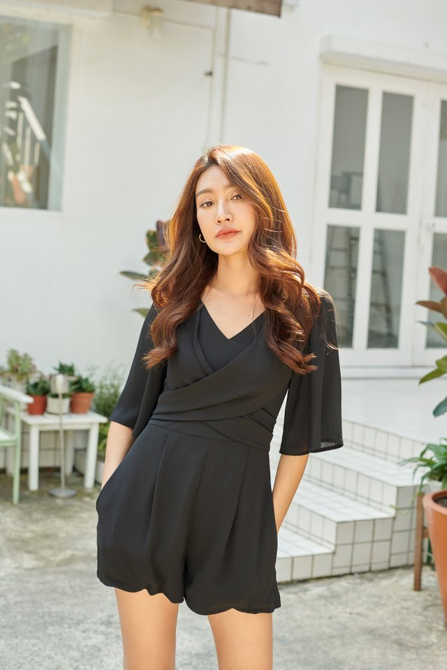TRIXIE TIE BACK ROMPER (BLACK)