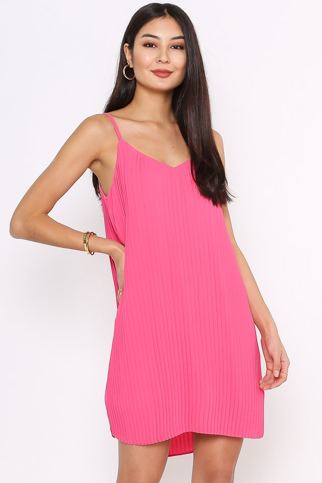 PENNY PLEATED DRESS (HOT PINK)