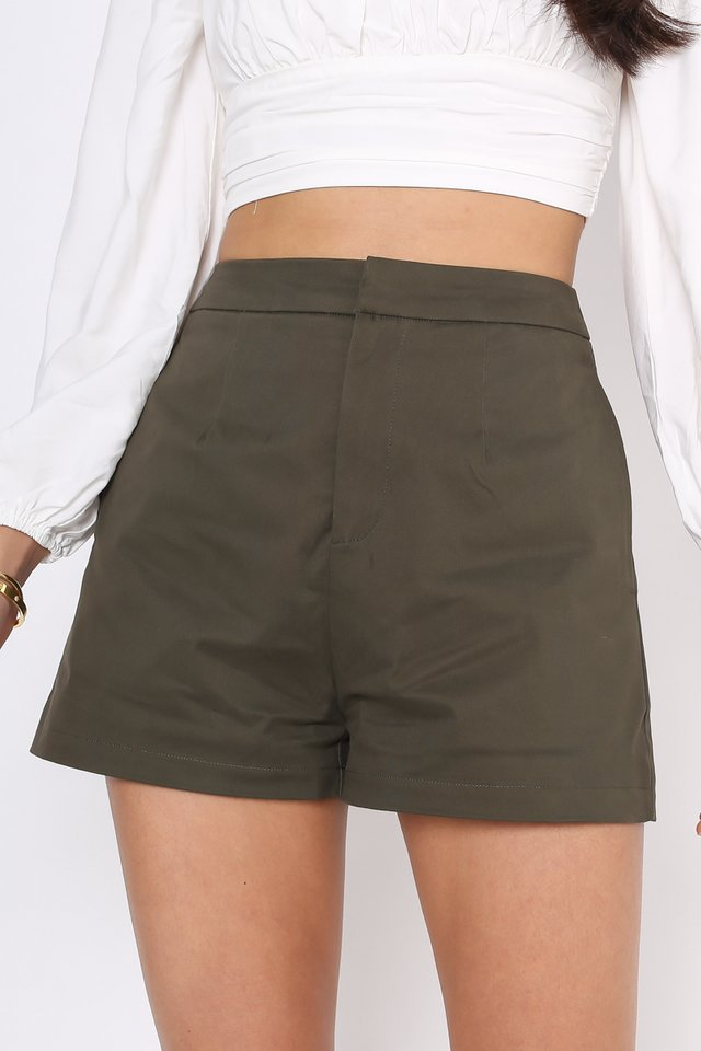 *BACKORDER* SAMMY STRUCTURED SHORTS (DARK OLIVE)