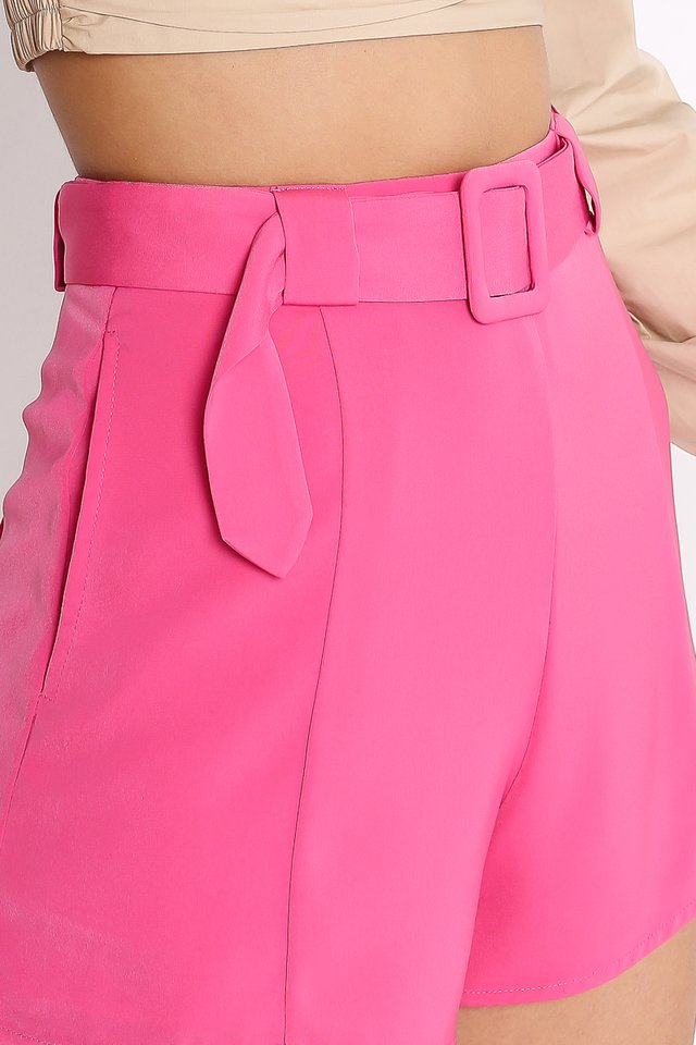 BROOKLYN BELTED SHORTS (BARBIE PINK)