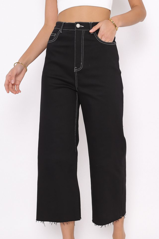 *BACKORDER* CONOR CONTRAST STITCH CROPPED JEANS (BLACK)